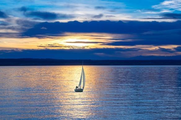 sailing-boat-596462_960_720
